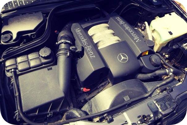 Двигатель,системы и компоненты W208