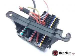 Блок  предохранителей для MERCEDES  W202 0